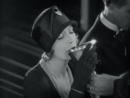 Greta Garbo - El demonio y la carne